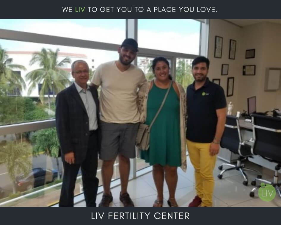 IVF in Mexico - LIV Fertility Center Patient with Doctor